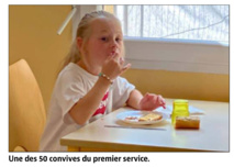Étape chaleureuse entre cuisines et salle du restaurant scolaire de Ventiseri-Travu