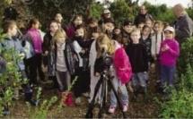 Les écoliers de la microrégion découvrent l'étang de Palu